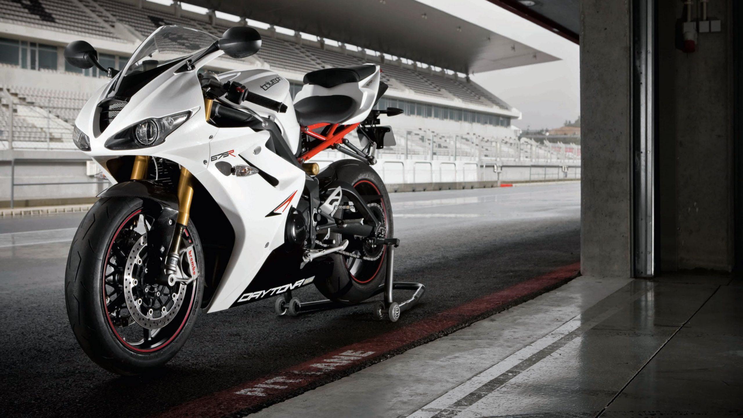 Triumph Motorcycle 4k Wallpapers Badasshelmetstore