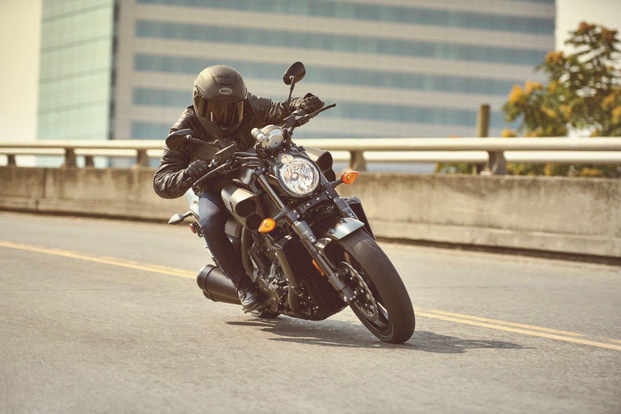 2020 Yamaha VMAX hero