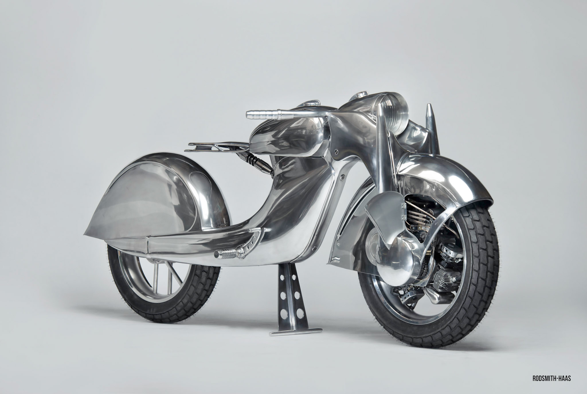 Craig Rodsmith's engine-wheeled custom bike 'The Killer'.