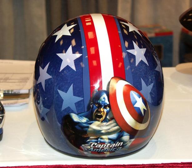 Captain America Cartoon Motorcycle Helmet