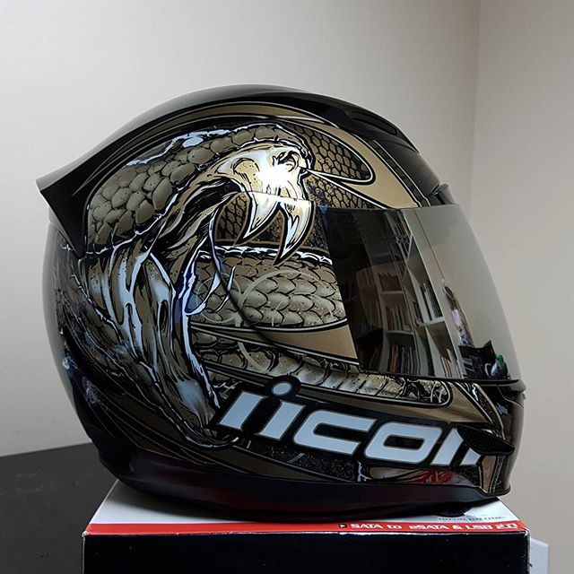 Icon Airmada Helmet Review Budget Helmet With The Best